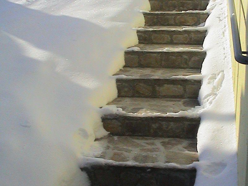 Devi Eis Und Schneefreihaltung Von Aussenflachen Ihr Fliesenleger